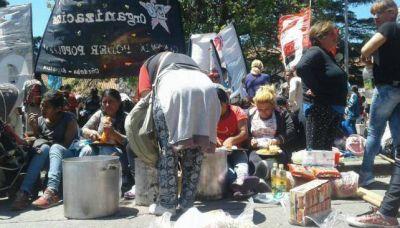 Comedores protestan contra la tarjeta social