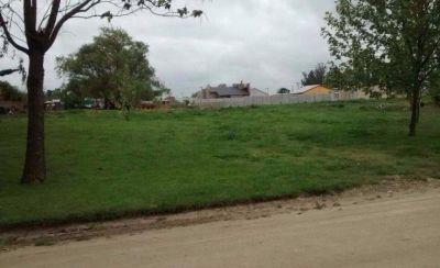 La comuna anunció la construcción de un playón deportivo en Napaleofú