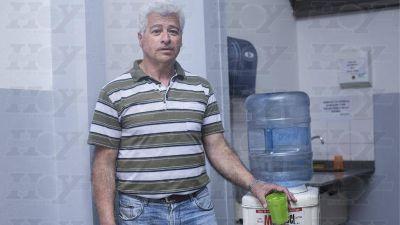 Desamparo de ABSA: denuncian mal olor en el agua potable