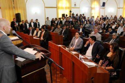 Complicaciones para Ducoté: Legisladores desconocen al Presidente del Concejo Deliberante