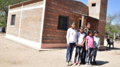 Viviendas sociales para familias de los departamentos Copo y Capital
