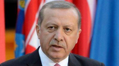 Turquía expulsó a 10.000 funcionarios por presuntos vínculos con los golpistas