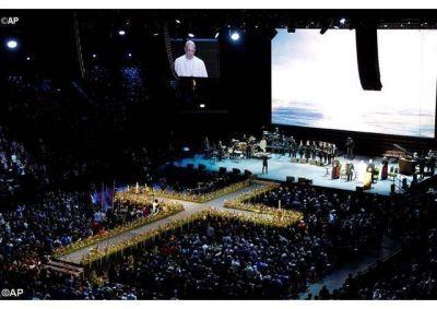 """El Papa en Malmö: """"Cristianos unidos seamos protagonistas de la revolución de la ternura"""""""