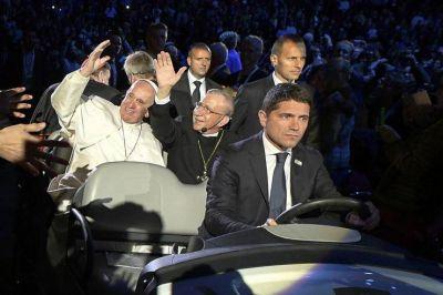 """Francisco en la Arena de Malmo: para los cristianos """"es una prioridad salir al encuentro de los marginados"""""""