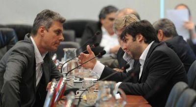 Cambiemos avanza con el Presupuesto con el apoyo de Massa y Bossio