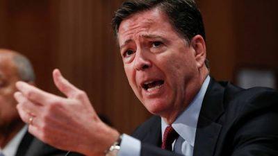 Advierten que el FBI habría violado la ley al difundir la investigación a Hillary Clinton