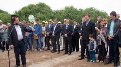 Histórico: inauguraron el puente de la Isla Jordán