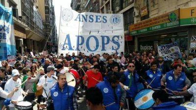 """Sindicato de ANSES rechazó despidos y alertó sobre """"nuevas AFJP"""""""