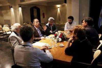 Funcionarios municipales de Rosario recibieron al embajador del Estado de Palestina