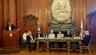 Audiencia por la Villa Olímpica: expusieron los funcionarios