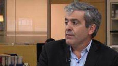 Para José Cano, los sueldos de diputados y senadores