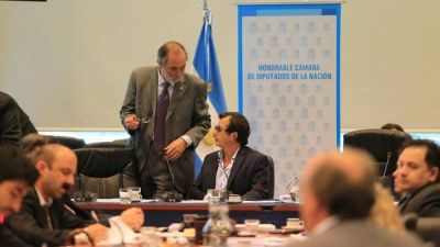 Reflotan el acuerdo por la ley de inversiones que frenaron Massa y el FpV