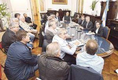 En el Congreso, la CGT recompuso el diálogo con el oficialismo