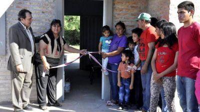 Entregaron viviendas sociales en Vilmer y Beltrán