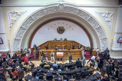 Afloja la tensión política en Venezuela