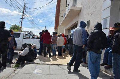 250 desocupados de la UOCRA recibirán hoy ayuda económica