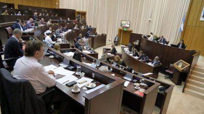 Los sueldos de diputados, cruzados por la polémica