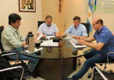 Coordinan acciones para llevar agua al interior provincial