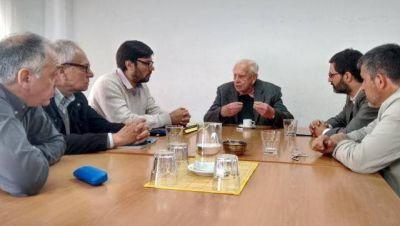 La oposición recibió al Defensor del Pueblo por la ausencia de respuestas del intendente