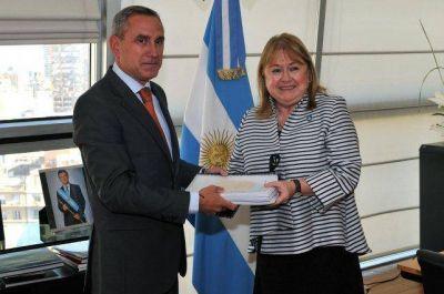 Monitoreo de los ríos Uruguay y Gualeguaychú revela contaminación