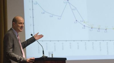 Economistas proyectan que la tasa de inflación bajará a menos de 20% en 2017