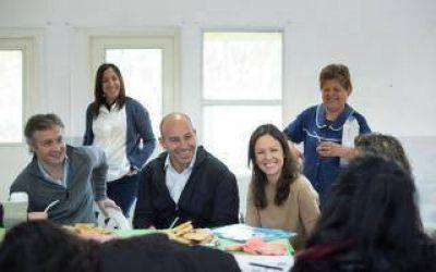 Stanley y Molina impulsan emprendimientos de titulares de programas sociales