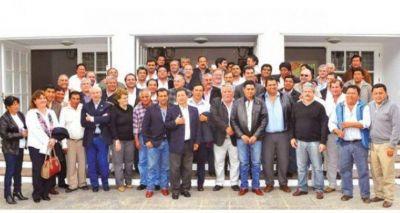 Reunión clave entre el Foro de Intendentes y el Gobierno provincial