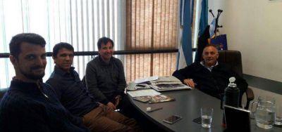 """Barragán propone desarrollar """"deporte en comunidad"""""""