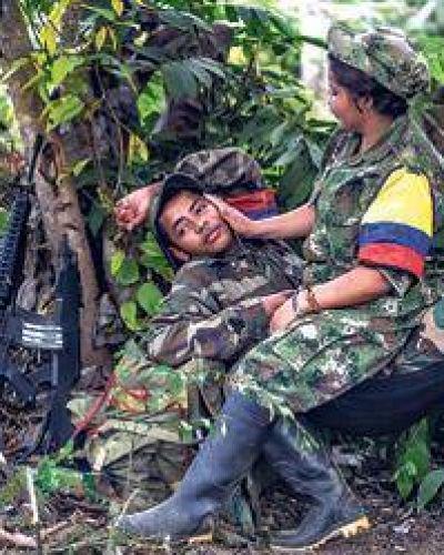 Crece la aprobación a las FARC