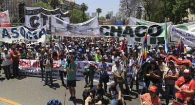 Masiva marcha de las CTA en Plaza de Mayo contra