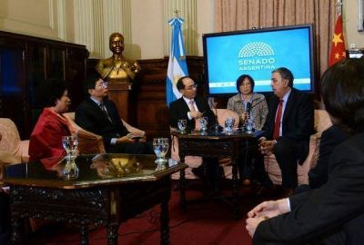 Rodolfo Urtubey recibió a una importante delegación del Congreso de Jiangsu, China