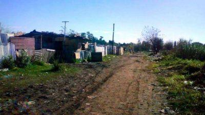 Quedan más de 6 mil familias sin cloacas ni asfalto en Rosario
