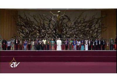 """""""La esperanza es la fuerza que rompe la cadena del odio"""", el Papa a los Movimientos Populares"""