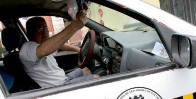 Taxistas piden aumento de tarifas pero se rehusan al blanqueo