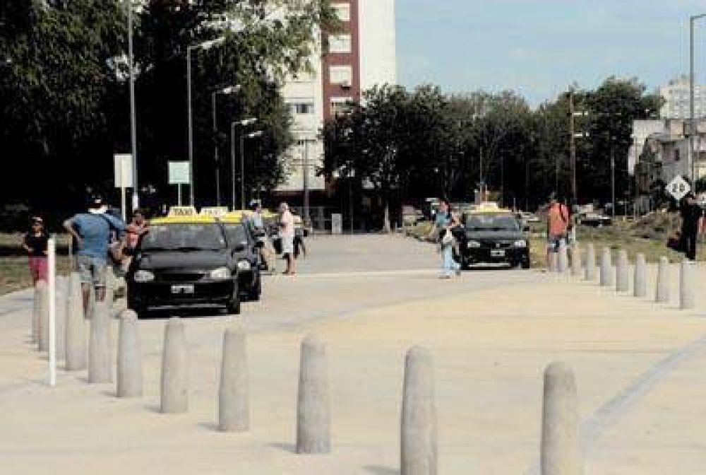 """Taxis: """"el aumento real de tarifa debería ser de un 40 por ciento"""""""