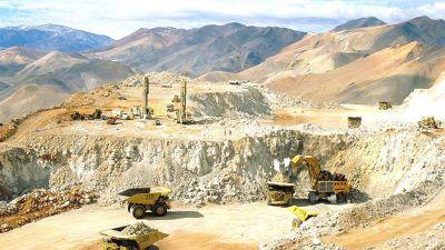 Pudiendo afectar a 1500 trabajadores, los mineros presionan por su Convenio Colectivo