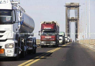 Llega una comitiva por el Puerto Las Palmas y en Corrientes habrá anuncios de Cano por el nuevo puente