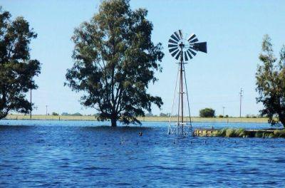 Inundaciones: FAA con productores e intendentes