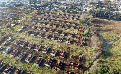 El Gobierno comenzó a auditar con drones la construcción de viviendas sociales