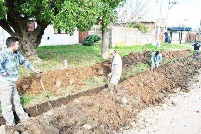 Anunciaron la licitación para la extensión de red cloacal para el Barrio Gallo Blanco