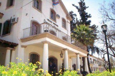 El presupuesto municipal fija tope a nombramientos