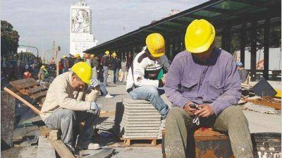 La CGT marcha al Congreso contra los despidos y amenaza frenarlos por ley
