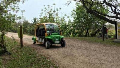 Suman autos eléctricos a la oferta turística en la Ciudad