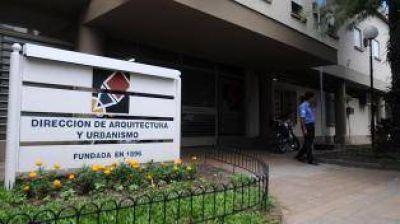 Manzur sustituyó por DNU una ley polémica