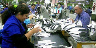 Aun hay 270 trabajadores suspendidos en Alpargatas