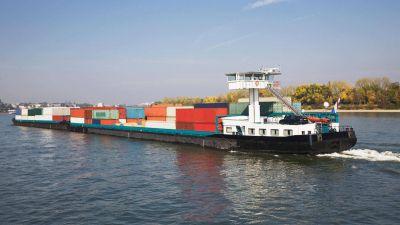La Argentina elevó la capacidad de transporte de carga a Uruguay por convoyes