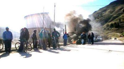 Protesta paraliza obra del Centro de Encuentro