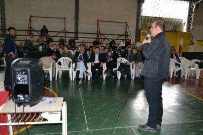 En la UTN, comenzó el ciclo de debates sobre la industria fueguina