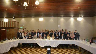 Los intendentes peronistas mantienen la unidad y presionan a Vidal por el endeudamiento