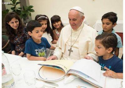 Las Congregaciones religiosas responden al llamado del Papa a favor de los refugiados
